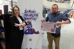 Targi Niech żyje komiks i ilustracja w katowickiej Galerii Libero. Na zdjęciu Matylda Sęk-Iwanek oraz Daniel Gizicki (gość ŚLAK)